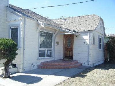 SALINAS Single Family Home For Sale: 932 Pajaro St