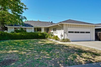 Cupertino Single Family Home For Sale: 7521 Rainbow Dr