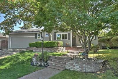 LOS GATOS Single Family Home For Sale: 193 Howes Dr