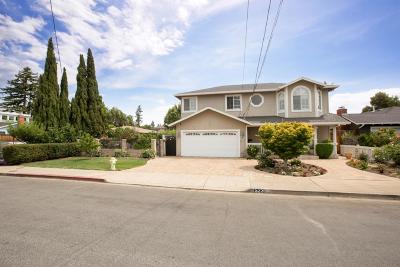Redwood City Single Family Home For Sale: 523 Topaz St