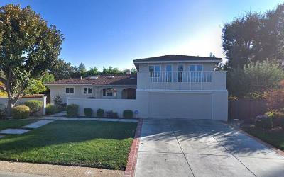 Los Altos Single Family Home For Sale: 1070 Suffolk Way