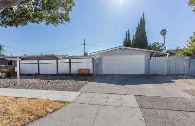 SUNNYVALE Single Family Home For Sale: 315 Meadowlake Dr
