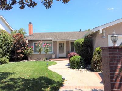 Newark Single Family Home For Sale: 36292 Cedar Blvd