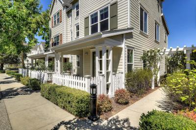 Cupertino, Sunnyvale Townhouse For Sale: 10182 Imperial Ave