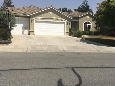 HOLLISTER CA Single Family Home For Sale: $650,000
