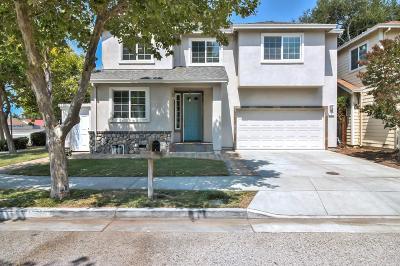 San Jose Single Family Home For Sale: 1 Larisa Oaks Pl