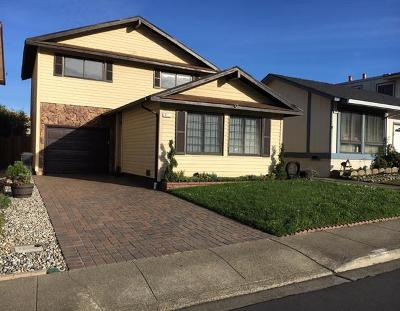 Daly City Single Family Home For Sale: 475 Gellert Blvd