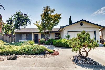 SAN JOSE Single Family Home For Sale: 3682 Rollingside Dr