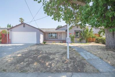 San Jose Single Family Home For Sale: 66 Birch Ln