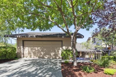 MENLO PARK Townhouse For Sale: 11 Susan Gale Ct