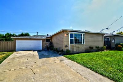 Newark Single Family Home For Sale: 6018 Breton Pl