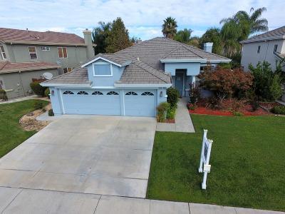 Gilroy, Morgan Hill Single Family Home For Sale: 971 Festa Aglio Ct