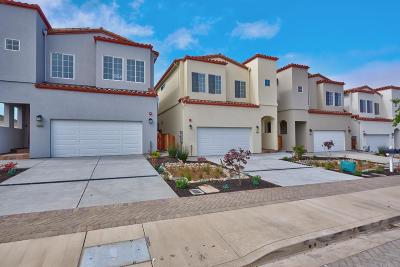 Colma Single Family Home For Sale: 446 B St