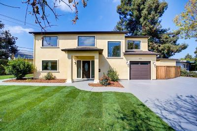 Mountain View Single Family Home For Sale: 800 Wake Forest Dr