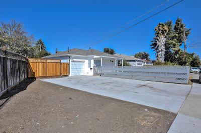 East Palo Alto Single Family Home For Sale: 1123 Camellia Dr