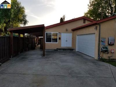 Hayward Single Family Home For Sale: 21813 Meekland Ave B