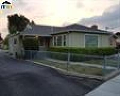 Hayward Single Family Home For Sale: 21807 Meekland Ave A