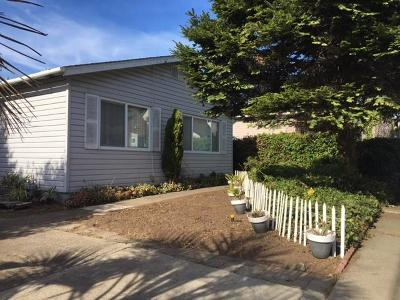 PACIFICA Single Family Home For Sale: 552 Heathcliff Dr