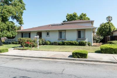 Santa Clara County Multi Family Home For Sale: 991 Wren Dr