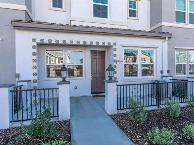 MORGAN HILL Townhouse For Sale: 17090 Saint Brendan Loop