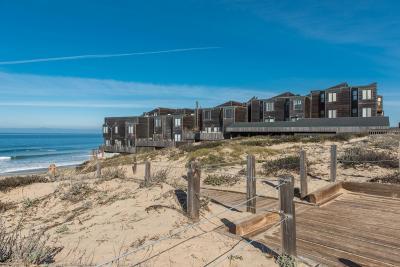 Monterey Condo For Sale: 125 Surf Way 337