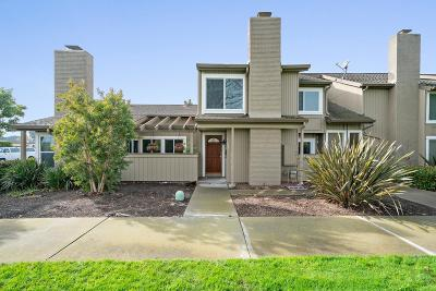 FOSTER CITY Townhouse For Sale: 1481 Marlin Ave
