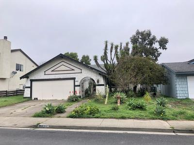 Half Moon Bay Single Family Home For Sale: 942 Sonora Ave