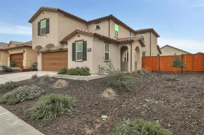 HOLLISTER CA Single Family Home For Sale: $715,000