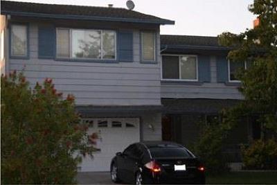 Single Family Home For Sale: 315 Grandpark Cir