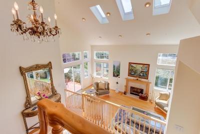 Half Moon Bay Single Family Home For Sale: 320 Coronado Ave