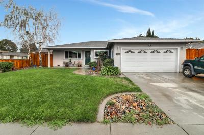 GILROY Single Family Home For Sale: 7840 Westwood Dr
