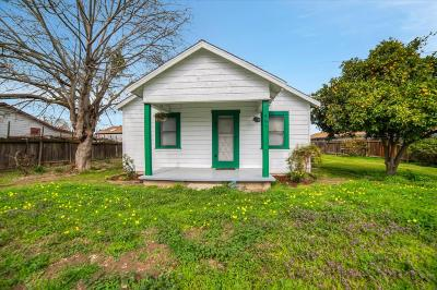 Turlock Single Family Home For Sale: 861 Wayside Dr