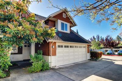 Menlo Park Townhouse For Sale: 595 Willow Rd