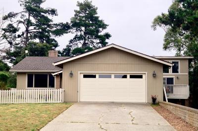 SALINAS Single Family Home Contingent: 9665 Oracle Oak Pl