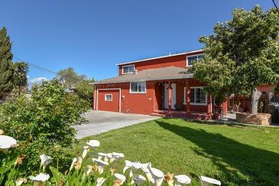 EAST PALO ALTO Single Family Home For Sale: 152 Aster Way