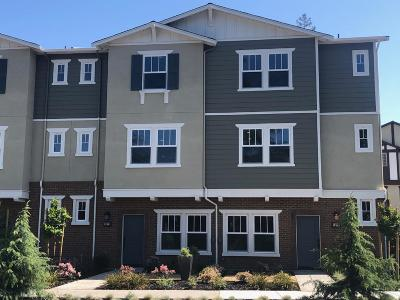 SUNNYVALE Townhouse For Sale: 1070 Aster Ave