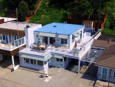 APTOS Single Family Home For Sale: 327 Beach Dr