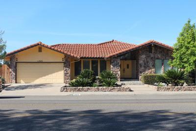 Turlock Single Family Home For Sale: 1355 E Hawkeye Ave