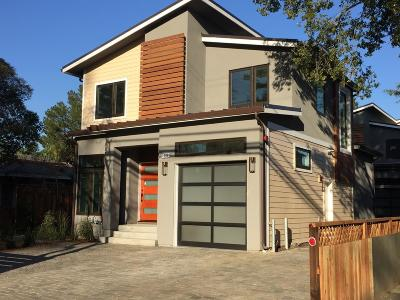 Menlo Park Single Family Home For Sale: 1000 Middle