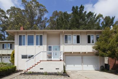 Pacifica Single Family Home For Sale: 22 Spruce Ct