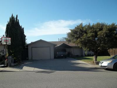 Monterey County Single Family Home For Sale: 1102 Pinnacles Ave