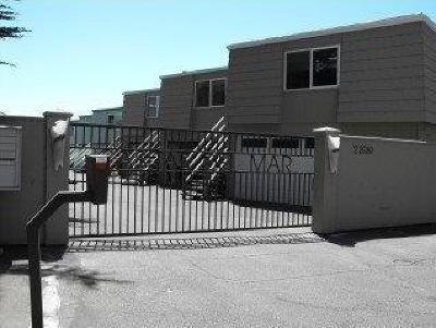 SANTA CRUZ Townhouse For Sale: 22680 E Cliff Dr 1