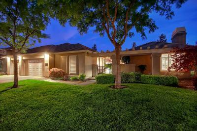 Elk Grove Single Family Home For Sale: 4932 Golf Course Cir