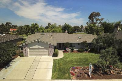 HOLLISTER Single Family Home For Sale: 1205 S Ridgemark Dr