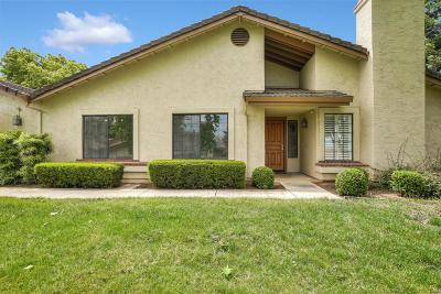 Santa Clara County Condo For Sale: 3312 Lake Albano Cir