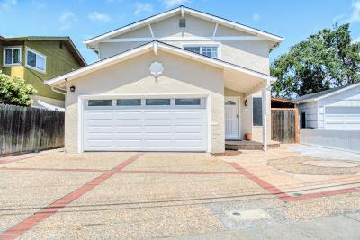 Redwood City Single Family Home For Sale: 912 Palm Ave