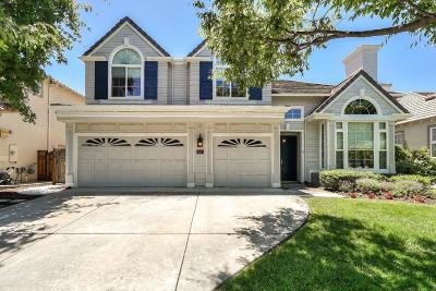 Saratoga Single Family Home For Sale: 18901 Bellgrove Cir