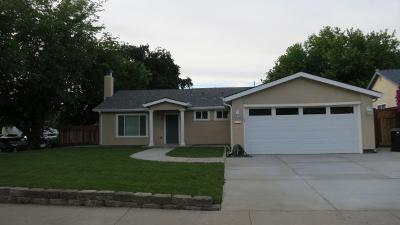 Single Family Home For Sale: 6974 El Marcero Ct