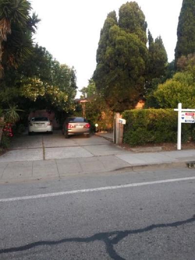 EAST PALO ALTO Single Family Home For Sale: 2272 University Ave