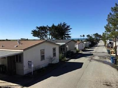 Half Moon Bay Mobile Home For Sale: 33 Oceanview Ave 33